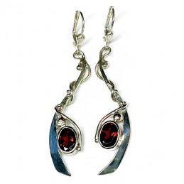 Garnets silver earrings