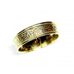 18 ct gold wedding ring